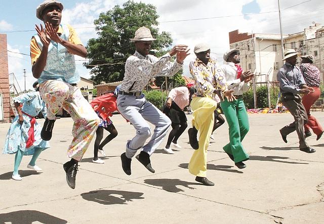Internationally acclaimed dance group Inkululeko Yabatsha School of Arts (Iyasa) performs at a ceremony held at Famona Fire Station in Bulawayo last Thursday.